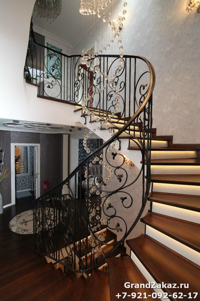 Изготовить лестницу из металла в СПб