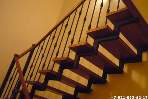 Лестница для дачи и коттеджа