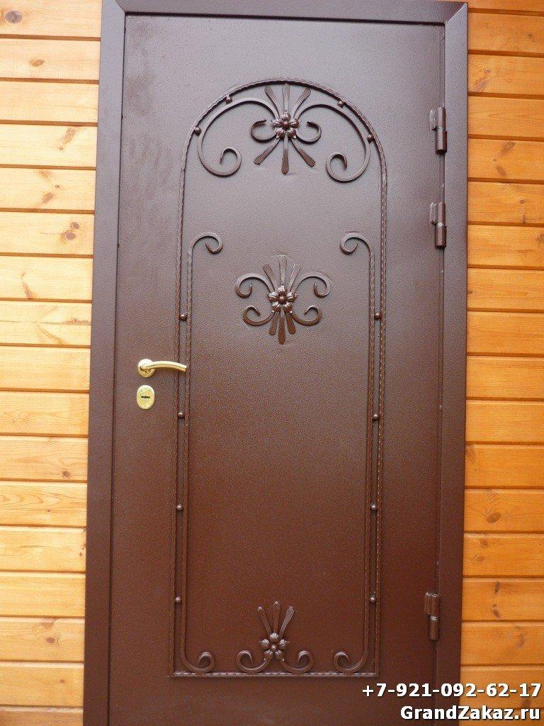 металлические двери орнаментом